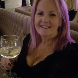 Julie (63)