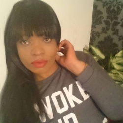 Cece is looking for singles for a date