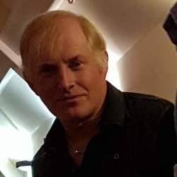 Clive (54)
