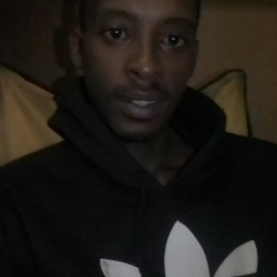 Daprince is looking for singles for a date
