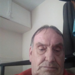 Alan is looking for singles for a date