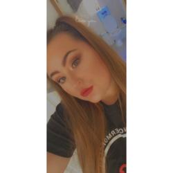 Nikki (22)