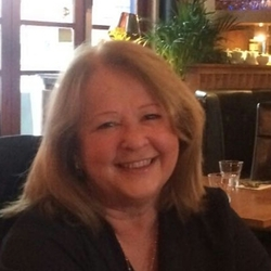 Wendy (60)