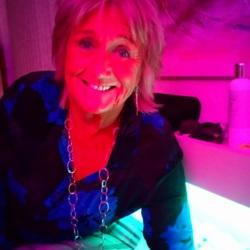 Andrea (73)
