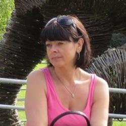 Bella (54)