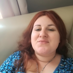 Sara is looking for singles for a date