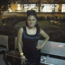 Vanessa is looking for singles for a date