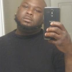 Chris, 32 from Arkansas