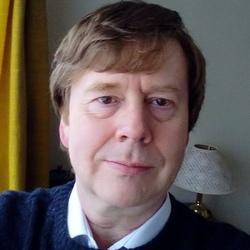 Simon (58)
