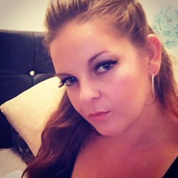 Charlene is looking for singles for a date