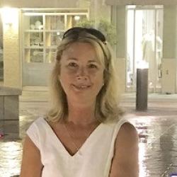 Michelle (55)