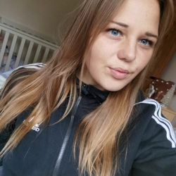 Diza is looking for singles for a date