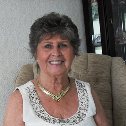 Pamela (75)