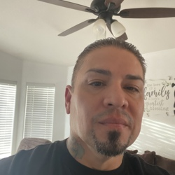 Eddie (46)