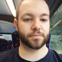 Robert (25)