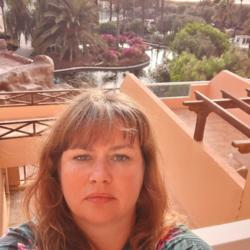 Annmarie is looking for singles for a date