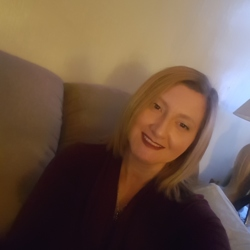 Jen (46)
