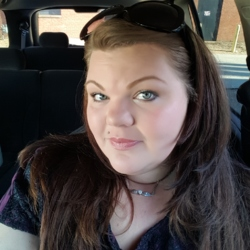 Keesha is looking for singles for a date
