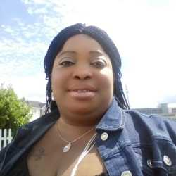 Biannca is looking for singles for a date
