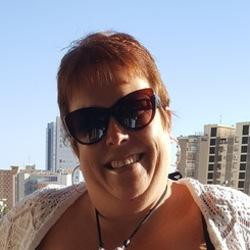 Bernadette (40)