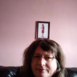 Carolyn, 52 from Nova Scotia