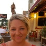 Mandygrays is looking for singles for a date