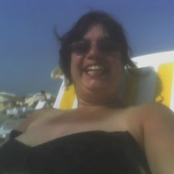 Karen is looking for singles for a date