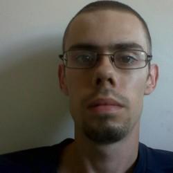 Damian (28)