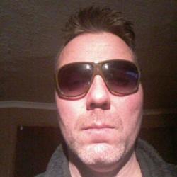 Keith (40)