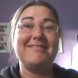 Hayley (37)