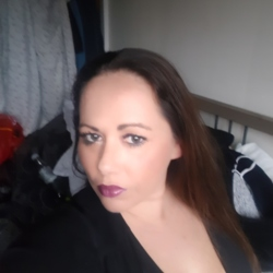 Becky is looking for singles for a date