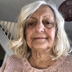 Nadine (78)